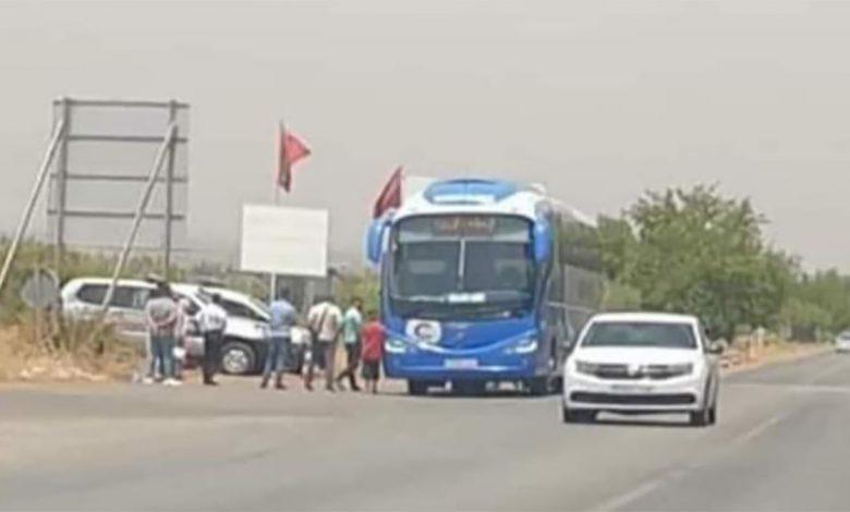 السلطات تشرع في تغريم المسافرين